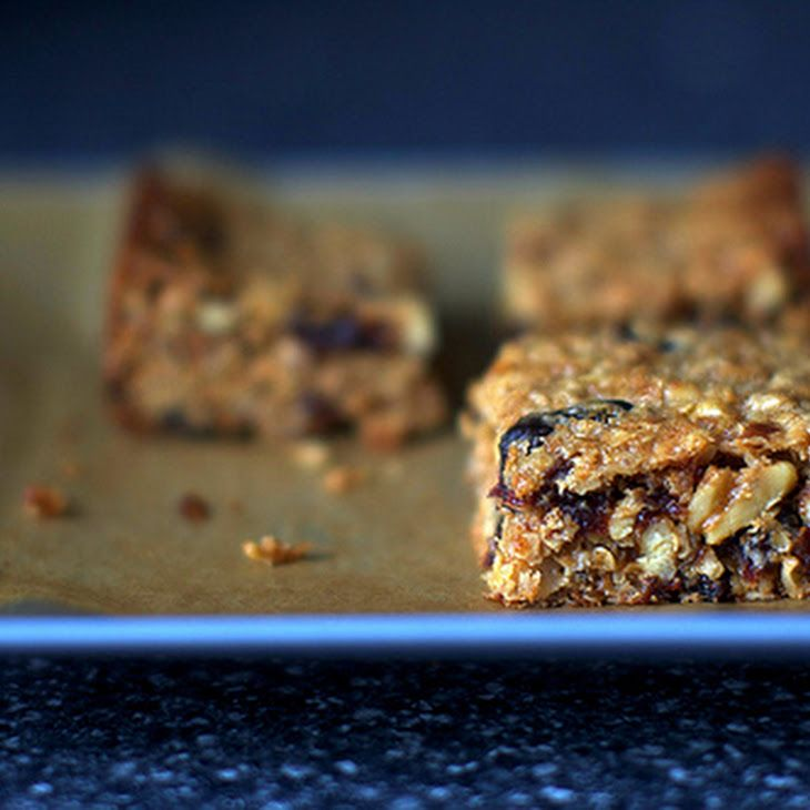 Thick, Chewy Granola Bars