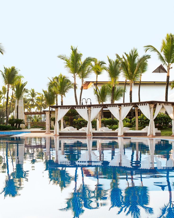 Looking for a Caribbean adults-only destination? then, the luxury Excellence Punta Cana is for you! #DominicanRepublic