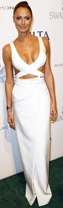 Stacy Keibler: Dress – Kaufman Franco  Shoes – Bionda Castana