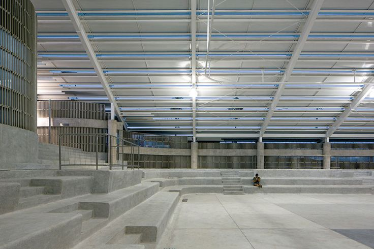 Herzog & de Meuron, Leonardo Finotti · Arena do Morro gymnasium · Divisare