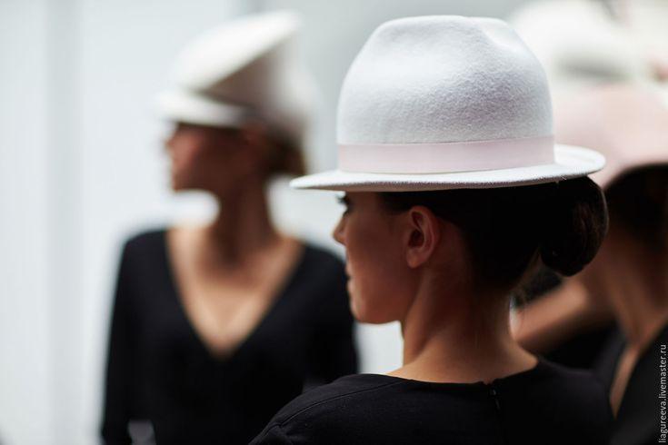 Купить Шляпка с полями - белый, шляпа, шляпка, головные уборы, шляпа с полями, белая шляпа