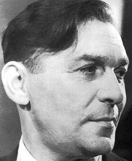 Леонид  Утесов   (наст.  имя  Лазарь   Васбейн)  -   советский  певец  и  актер.