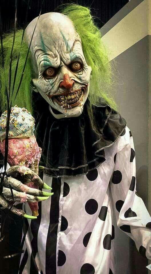1076 best images about Clown/Carnevil Haunt ideas on Pinterest