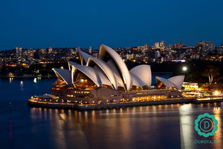 Opera w Sydney - widok po zmroku z mostu Sydney Harbour Bridge  #travel #podróże #sydney #australia