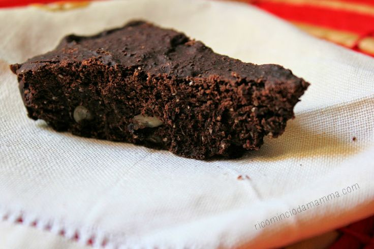 Ricomincio da Mamma: Torta al cacao vegan con latte di cocco
