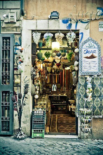 cute shop in Rome