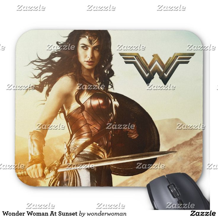 Wonder Woman At Sunset. Producto disponible en tienda Zazzle. Tecnología. Product available in Zazzle store. Technology. Regalos, Gifts. #Mousepads