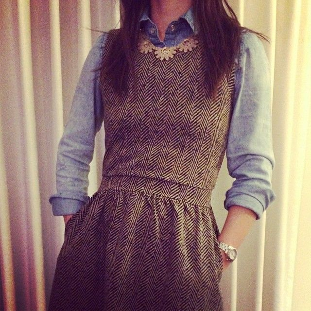 Button down under a sleeveless dress for winter. How cute would this be with a flannel shirt?