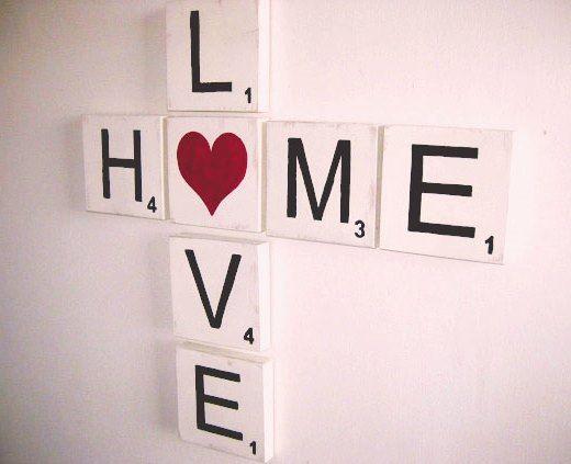 Wand-Scrabble-love-home-mi-rotemt-herz