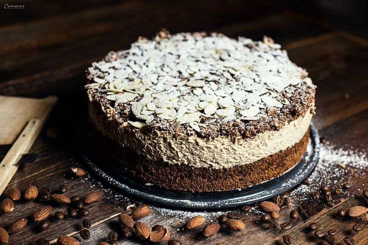 latte macchiato torte mit nussigem boden ganz ohne mehl sehr saftig und mit einer creme aus nur. Black Bedroom Furniture Sets. Home Design Ideas