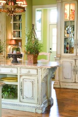 rustic white: Decor, Ideas, Dreams, Green Wall, Kitchens Islands, French Country, Shabby Chic Kitchen, Kitchens Cabinets, White Cabinets