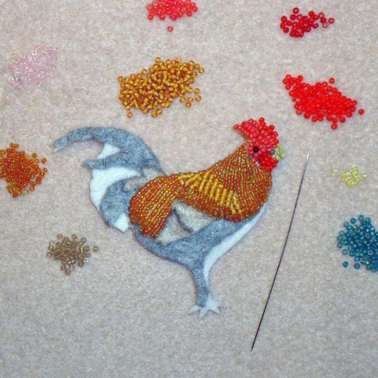 Kauai Hawaii Moa Beaded Rooster Pin Pendant Bird Jewelry beadwork bead embroidery
