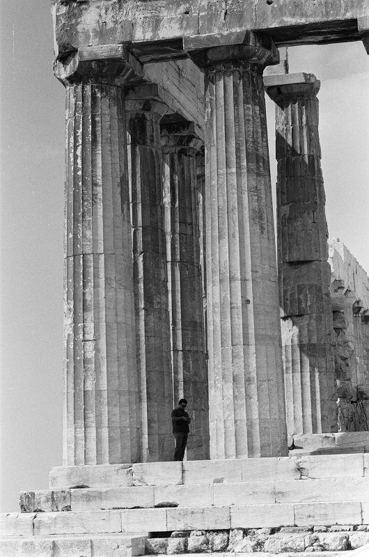 Στον Παρθενώνα,1964.... Φωτογράφος Harry Weber. Aρχείο bildarchivaustria