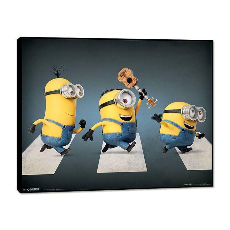 Eh oui, les minions sont de partout ! Même sur Abbey Road ! Craquez pour ce tableau décoratif aux allures mythiques et habillez la chambre de votre enfant. Ce dernier sera ravi de retrouver ses personnages préférés tous les jours sur ses murs.  Format : 40 x 50 cm