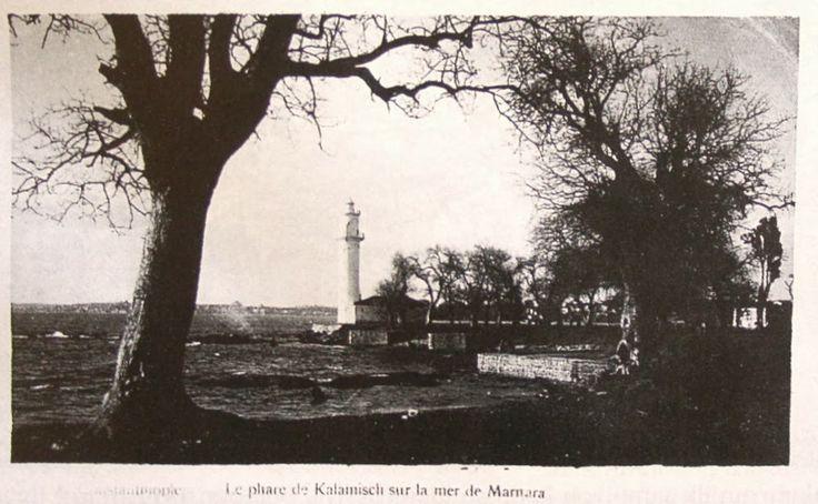 1900'lerin başlarına ait bir kartpostal'da Fenerbahçe feneri ve Kalamış (Le phare de Kalamisch sur la mer de Marmara - Constantinople )