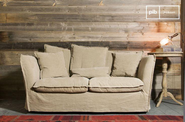 El sofa Mélodie Beige posee cierto shabby chic que añade un toque vintage a un interior.