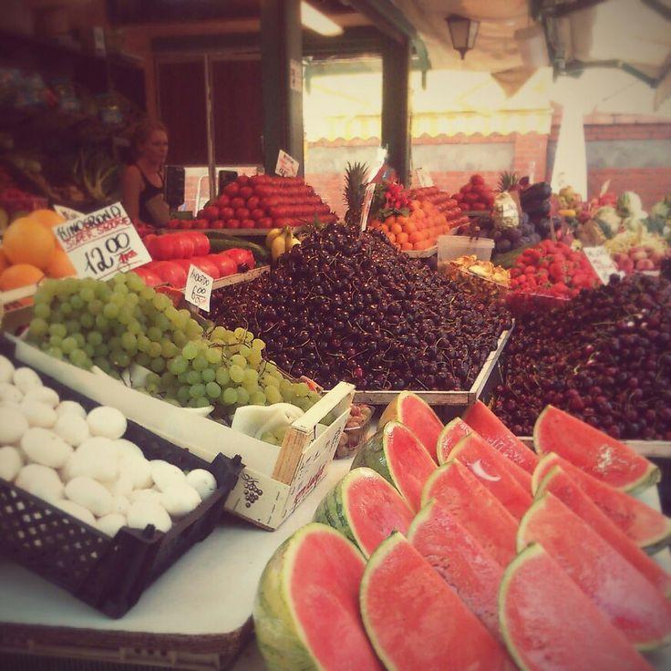 Targ owocowo -warzywny