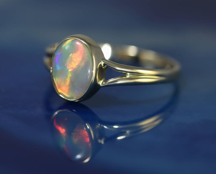 Exquisite Mintabe Crystal Opal Ring -  Set in 14ct Gold by DesertFlameOpals on Etsy