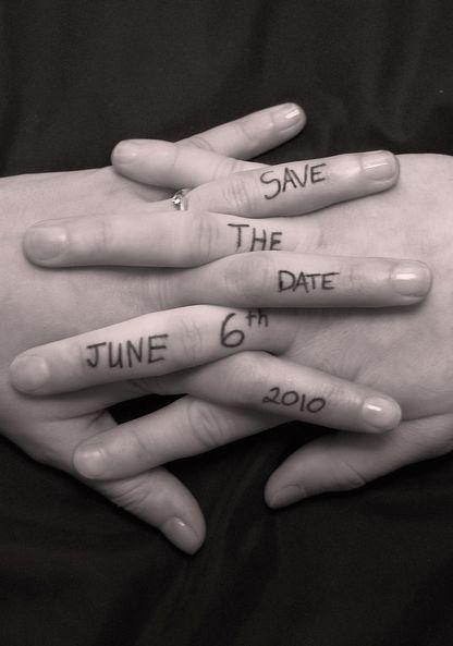 Un save the date plus qu'original...10 doigts qui s'enlacent, tout en poésie