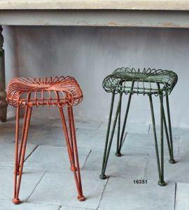 Sgabelli in ferro - Stools http://www.griffegenova.com/Griffe_Home/Divani_pint_new.html