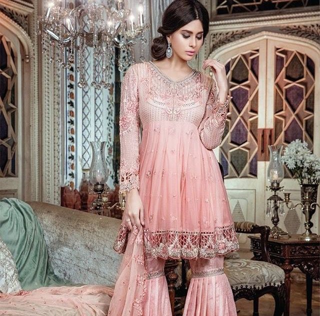 Mejores 31 imágenes de Future pakistani clothes en Pinterest | Gasa ...
