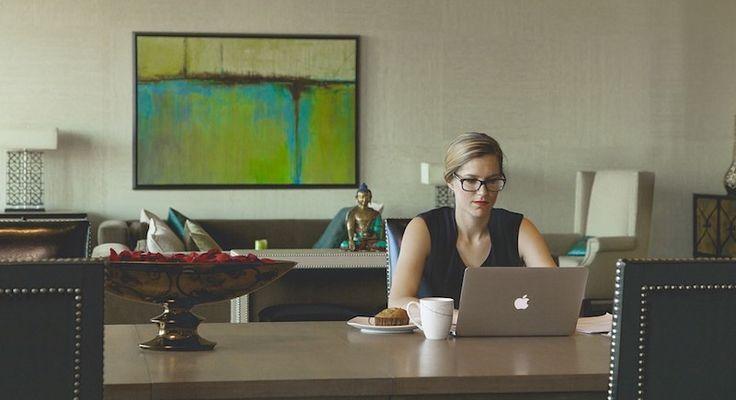 Enseignant et numérique : vers une professionnalisation de son espace privé?