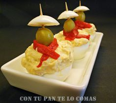 Huevos rellenos de atún San Fermín ✿⊱╮Teresa Restegui http://www.pinterest.com/teretegui/✿⊱╮