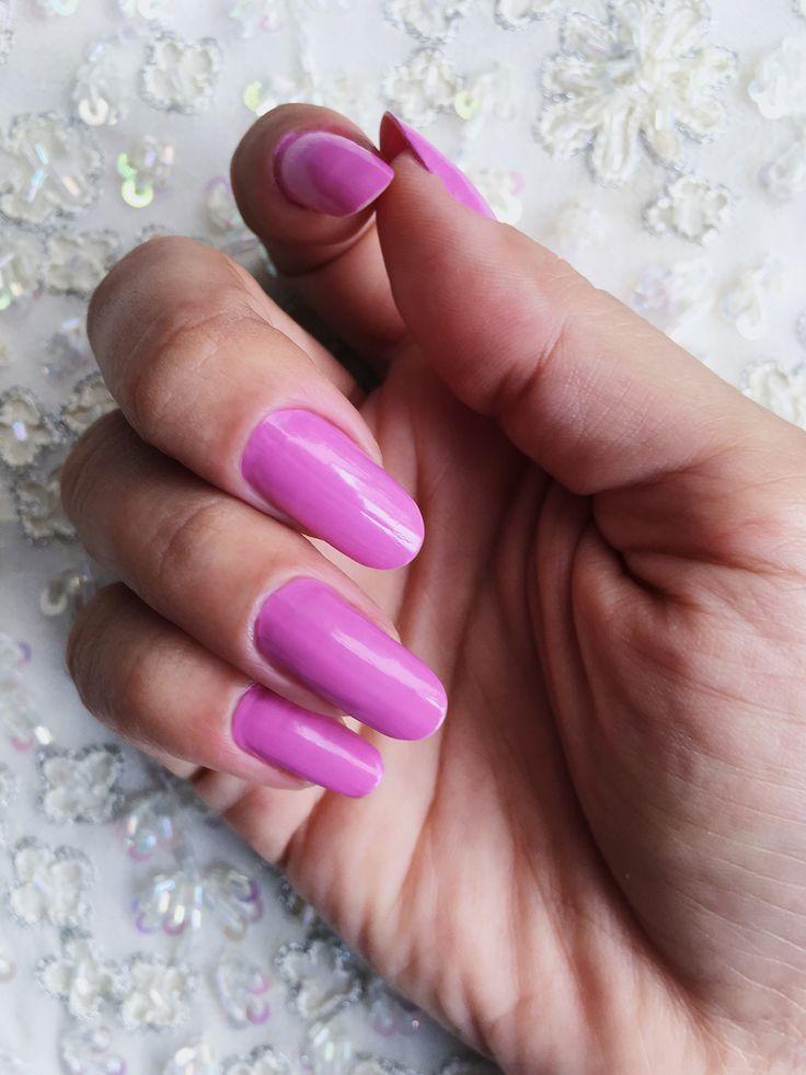 Esmalte Amo, Não Nego da Colorama Gio Antonelli / Pink nails nailpolish round nails