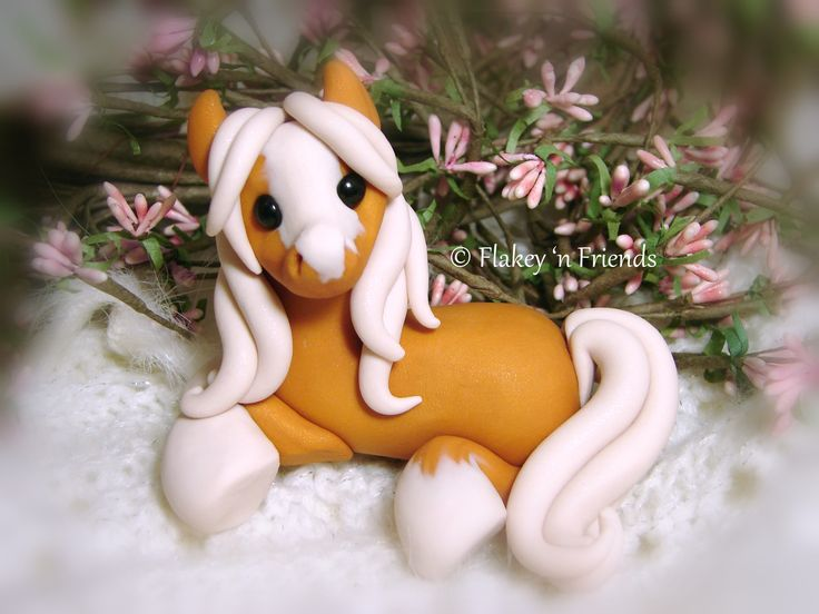 polymer clay palomino pony / horse by Flakey 'n Friends