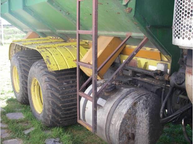 Vendo permuto Camion MACK autodescargable 320hp 6X4xCosechad