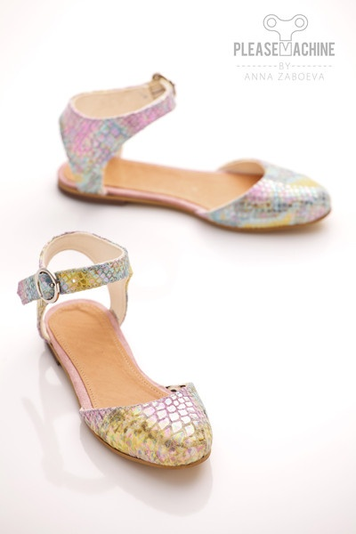 Rainbow python summer shoes