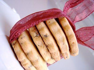 biscotti alla lavanda-- Lavender cookies