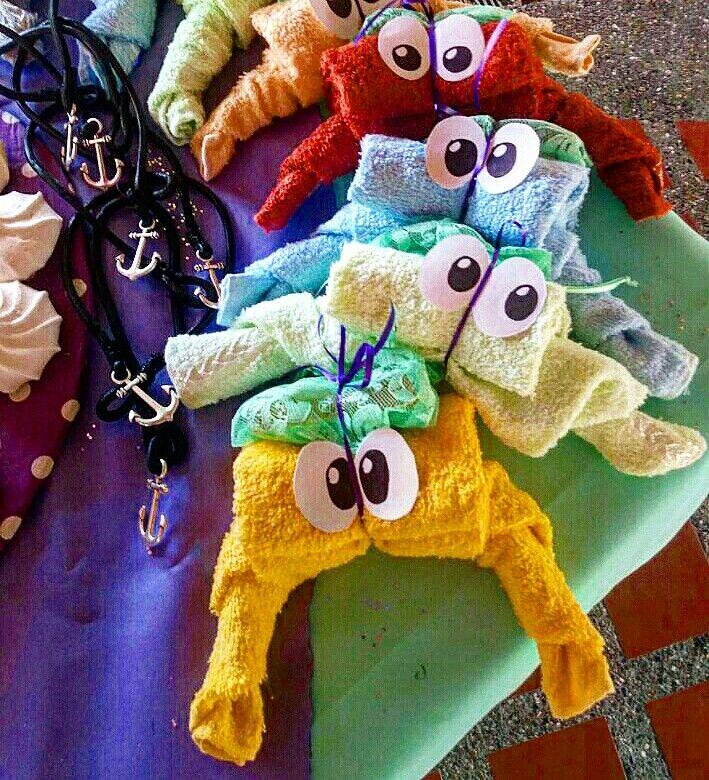 Cangrejitos toalla en la fiesta de la sirenita