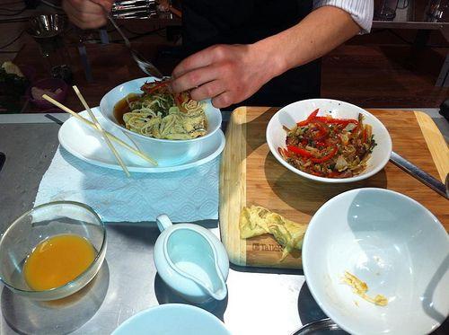 корейское традиционное блюдо кукси (это южно-корейское название)
