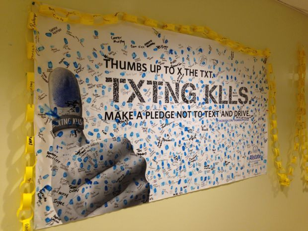 Leadership Ideas: Thumbs Up to X the Txt  Don't Text and Drive