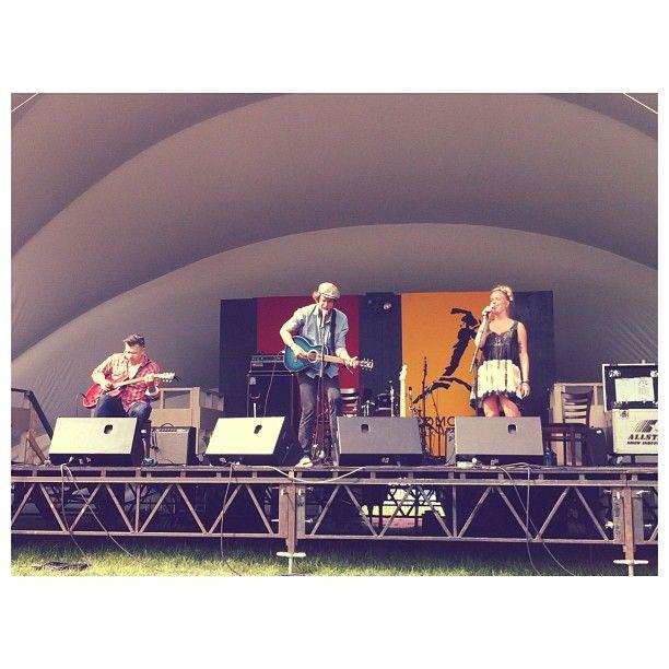 Up close and personal with Joe Nolan ☺ #edmontonfolkmusicfestival #efmf #yeg #livemusic #goodmusic #summer #festival #joenolan