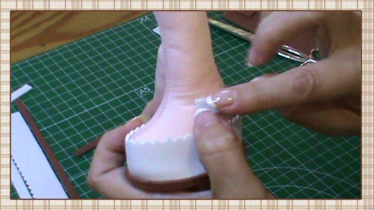 Muñeca completa 3ª parte: Rellenar cuerpo y hacer zapatos