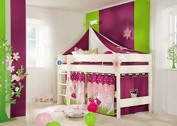 Precious!! Love the idea of putting a curtain up around the bottom bunk!