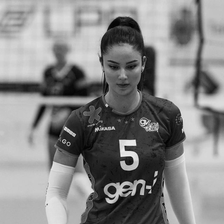 One More Extraordinary Season Comes To An End And It Was Such An Incredible Rollercoaster Ride Grateful Th Female Volleyball Players Athletic Women Sport Girl