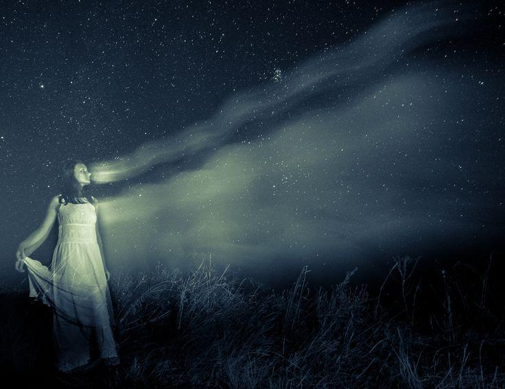 fotografia de noapte: http://www.f64.ro/blog/2014/10/06/fotografia-de-noapte-istoric-repere-si-sfaturi/