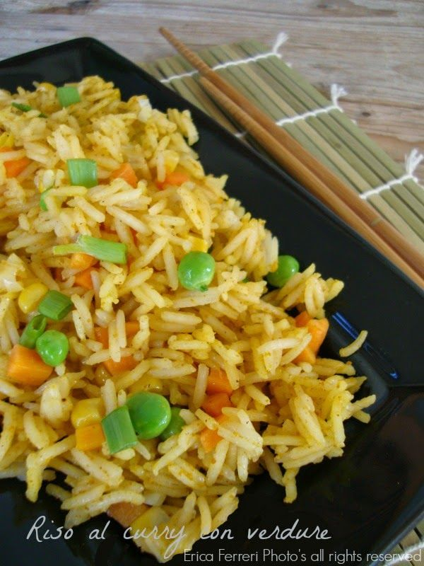 Indian style spicy rice with vegetables - Riso speziato all'indiana con curry