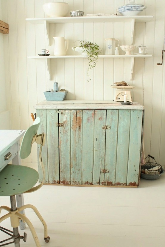 pallets to make a sideboard