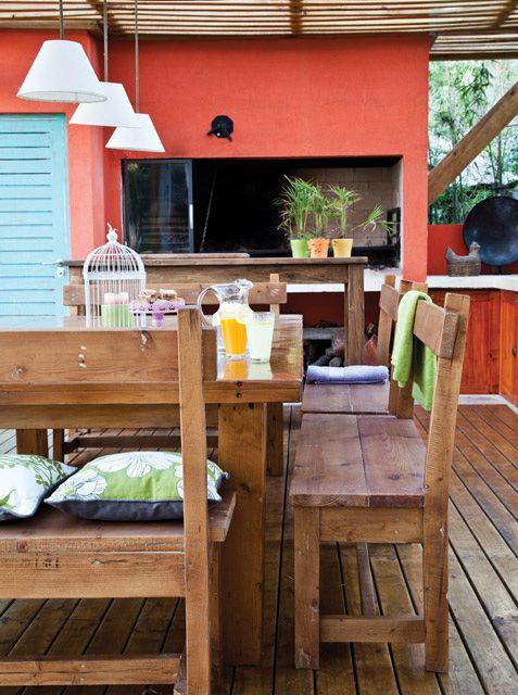 Un quincho con aires caribe os sillas de madera for Sillas para quincho