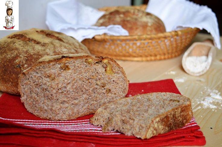 Pane con farina integrale e noci
