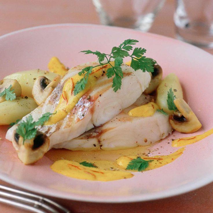 Découvrez la recette Filet de dorade aux épices douces sur cuisineactuelle.fr.