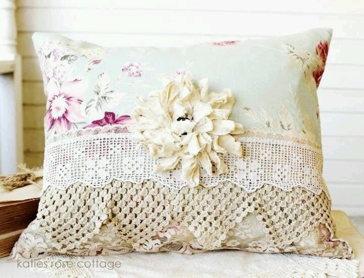 cushion pillows sewing projects pinterest upcycling and sewing projects. Black Bedroom Furniture Sets. Home Design Ideas