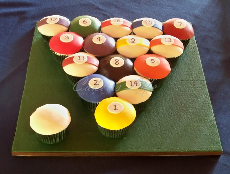 Fabulous pool cupcakes! Great idea for a mans birthday cake