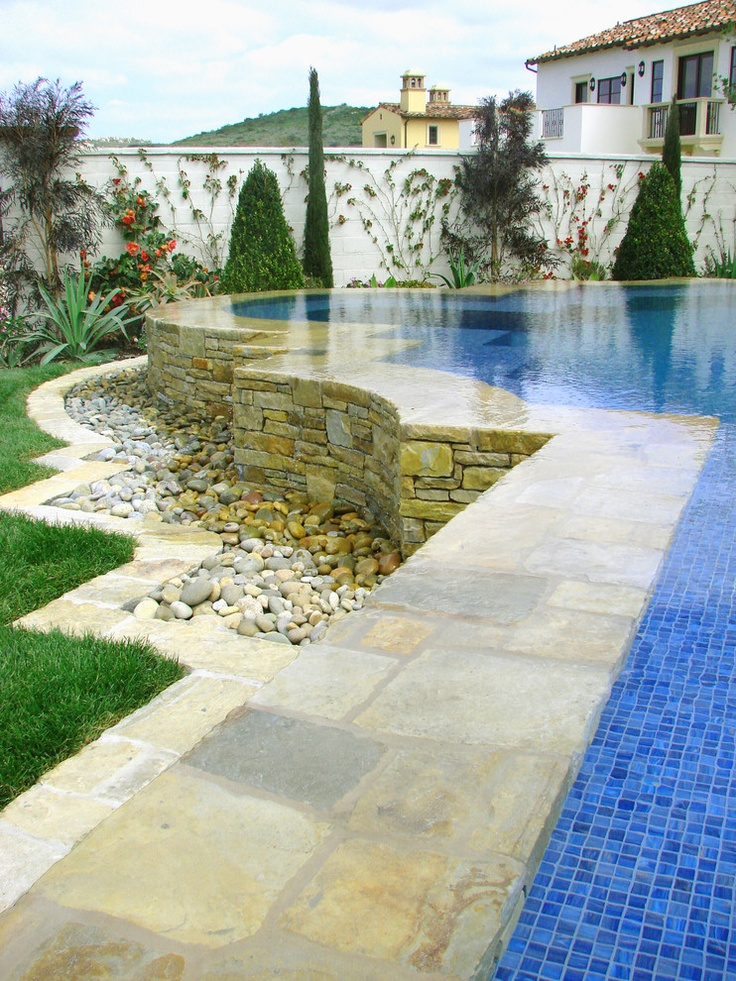 Raised pool infinity edge ams landscape design studios for Pool design los angeles