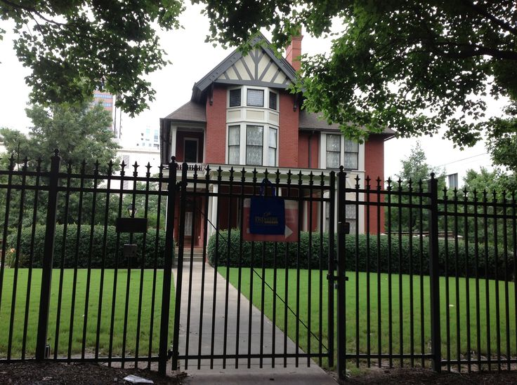 """Our Blue Bag at the home of Margaret Mitchell (Nov 1900- Aug 1949), Author of """"Gone With The Wind"""", Atlanta Georgia"""