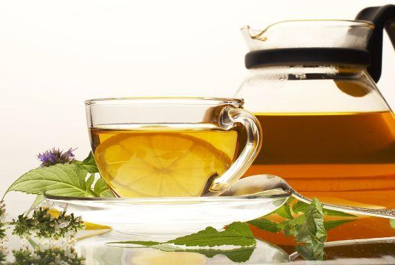 6 Motive să Bei Ceai de Urzică în Fiecare Zi